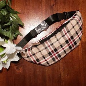 Handbags - ❤Plaid Fanny Pack❤
